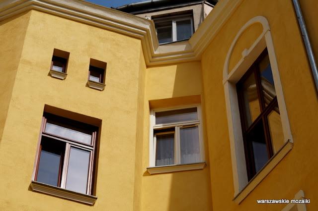 Warszawa Warsaw kamienica architektura secesja Praga Północ klatka schodowa podwórko