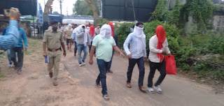 पुलिस को मिली बड़ी सफलता 2 लाख 60 हज़ार का जुआ पकड़ाया, जुआरियों का पैदल जुलूस निकाला