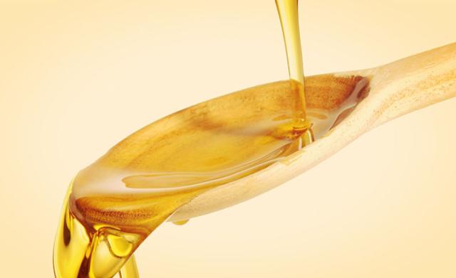 नाभि में किस तेल को लगाने से मिलता है क्या लाभ