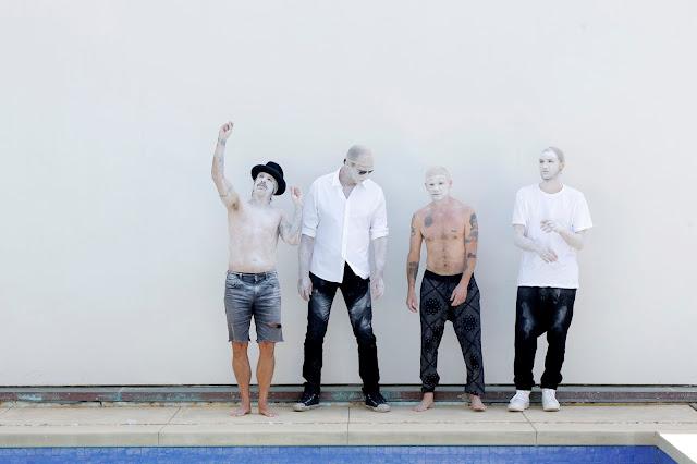 """Red Hot Chili Peppers se reinventa em seu novo álbum """"The Getaway"""""""