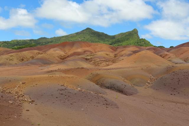 La Tierra de los 7 colores y la cascada de Chamarel