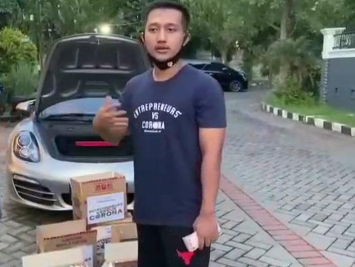 Ini Dia Sosok Crazy Rісh Surabaya уаng Bаgіkаn Mіе Inѕtаn Iѕі Uаng