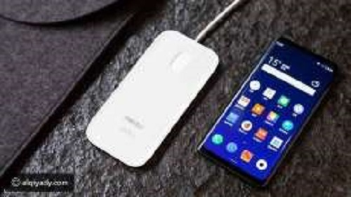 تعرف على أول هاتف في العالم بدون أزرار أو منافذ - أول هاتف فى العالم بدون أزرار أو منافذ - منافذ سماعة الرأس