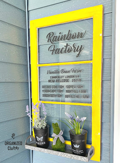 Upcycling An Old Window With A Galvanized Tray & Farmhouse Decor Transfers #upcycle #redesignwithprima #hobbylobby #oldwindows #farmhousedecor #walldecor #repurpose