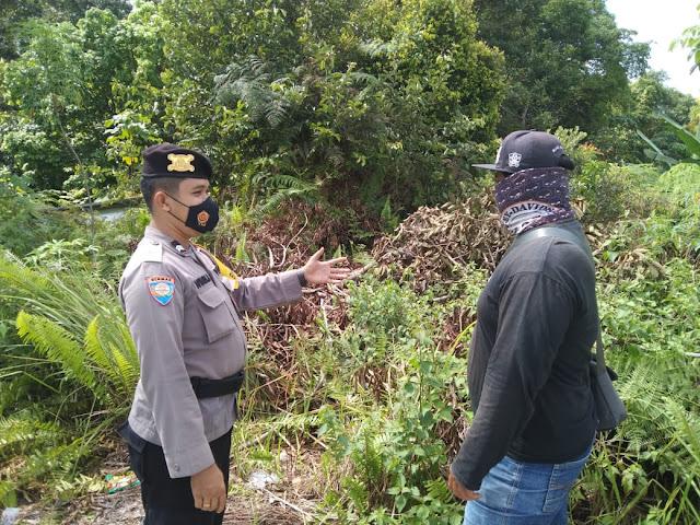 Cegah Karhutla, Personel Polsek Banama Tingang Beri Imbauan Kepada Masyarakat