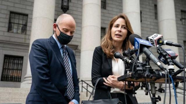 Terbuki Memeras, Pengacara Terkenal Divonis 2,5 Tahun Penjara