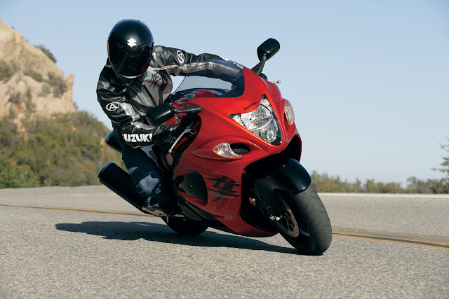 Suzuki Hayabusa Price, Review, Specs, Top speed, Color