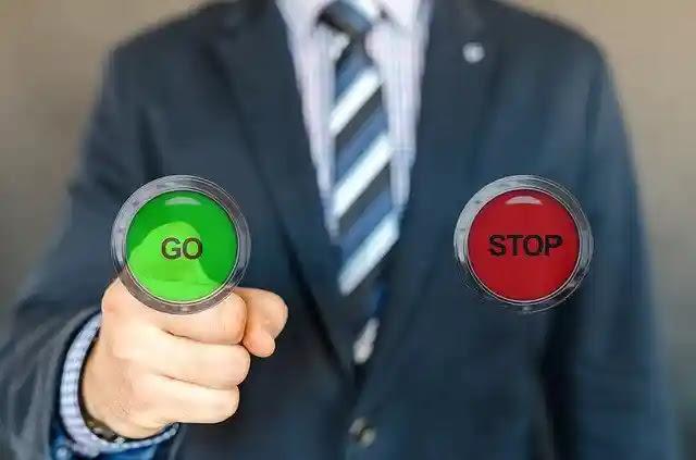 تعلم كيف تتجنب القرارات السيئة