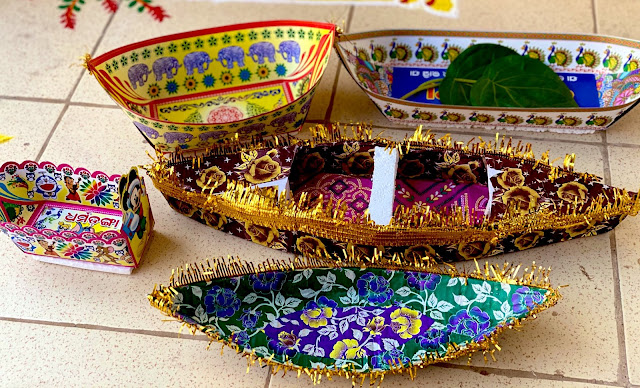 Boita Banda Preparation and Small Paper boats to celebrate