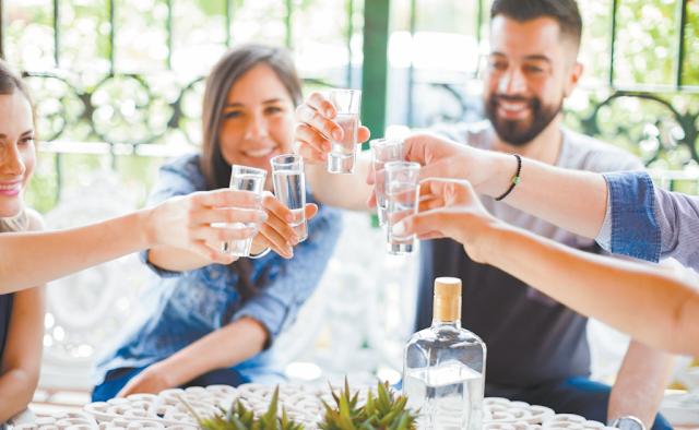 Estas son las diferencias entre el tequila y el mezcal