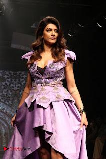 Bollywood Actress Sushmita Sen Latest Pos at Lakme Fashion Week 2017  0001.jpg