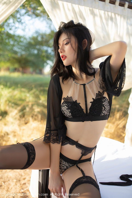 Hot and sexy photos of beautiful asian hottie chick Chinese booty model Jiu Shi A Zhu photo highlights on Pinays Finest sexy nude photo collection site.