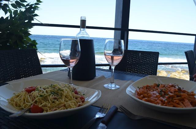 Almoço no restaurante Surfside
