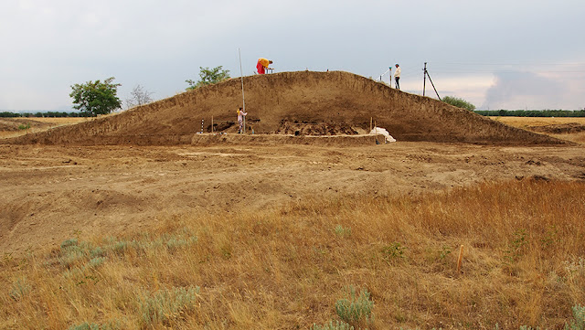 Ancient Scythian burial mound excavated in Russia's Stavropol