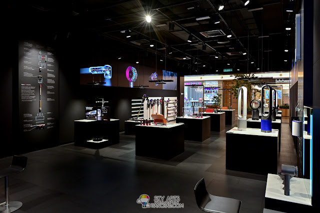Dyson Demo Store in Johor Bahru - Mid Valley Southkey Malaysia - Interior Shot by TianChad