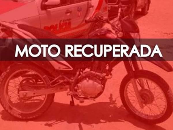 Moto com queixa de roubo é abandonada em Limoeiro do Norte