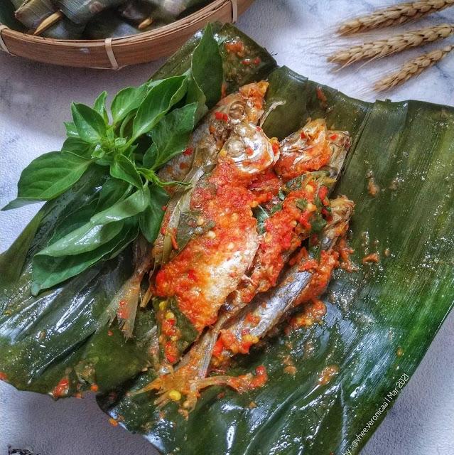 Pepes Ikan Selar