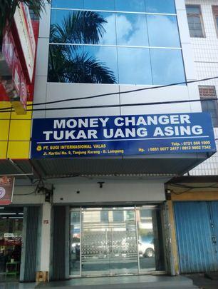 Contoh Tempat Jual-Beli Valuta Asing