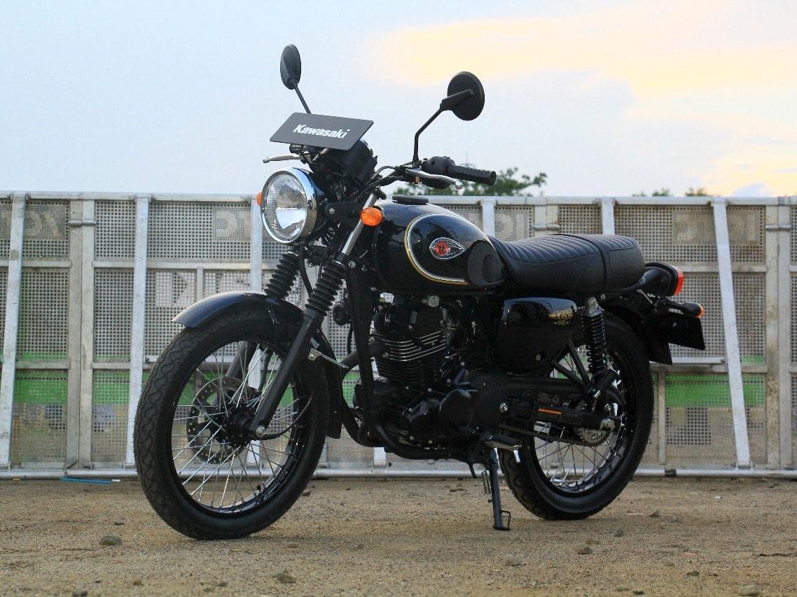 Pasar motor retro modern masih seger, Kawasaki kebanjiran pesanan W175 yang laris manis