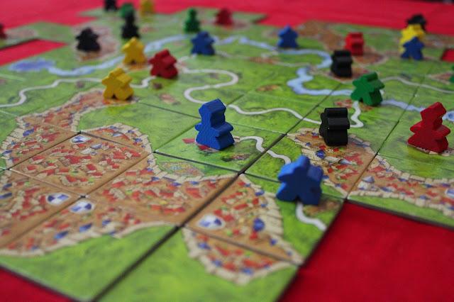 Carcassonne - prosta gra kafelkowa, którą trzeba znać