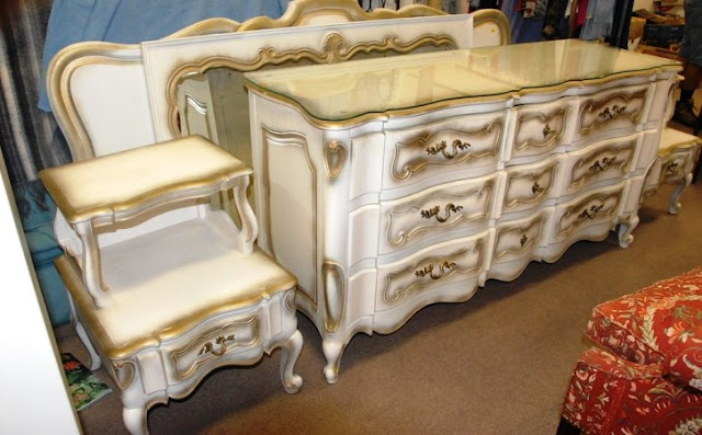vintage white french provincial bedroom furniture