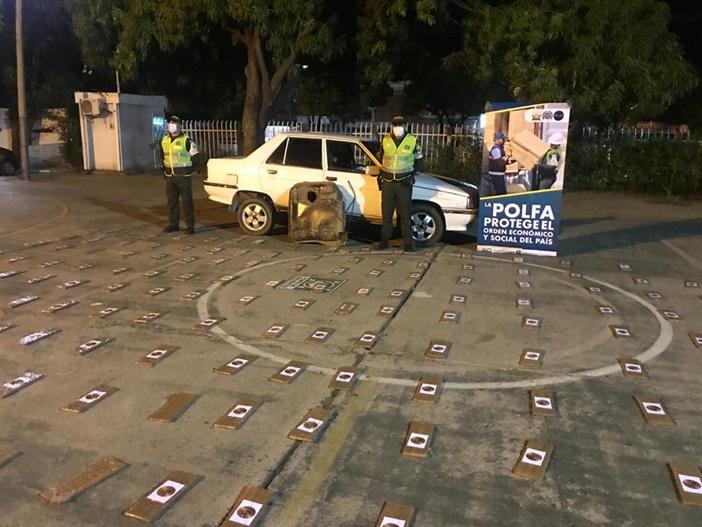 hoyennoticia.com, En La Paz Policía  incautó 38 kilos de coca