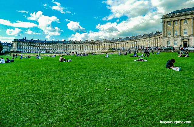 Bath, Inglaterra: o Royal Crescent e o Victoria Park