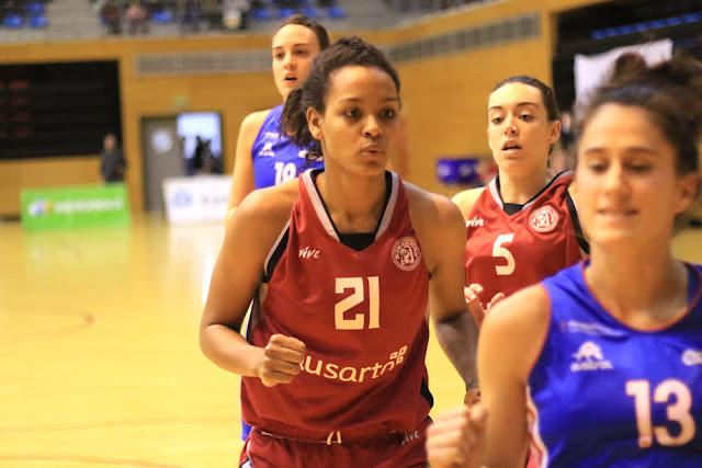 Baloncesto | La estadounidense Gianna Woods deja el Barakaldo EST a donde llegó en enero