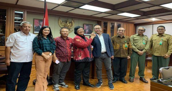 Dukung HPN 2020, Kementerian LHK  Berikan  Tanaman Bibit Pohon,   Hutan PWI