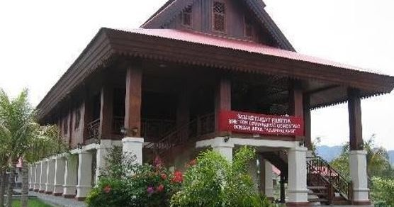Rumah Adat Gorontalo Keunikan Bangunan Dan Filosofinya Mediasiana Com Media Pembelajaran Masakini