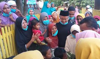 Dambakan Pemimpin Baru, Warga Berdesakan Sambut Kehadiran H. Arifin