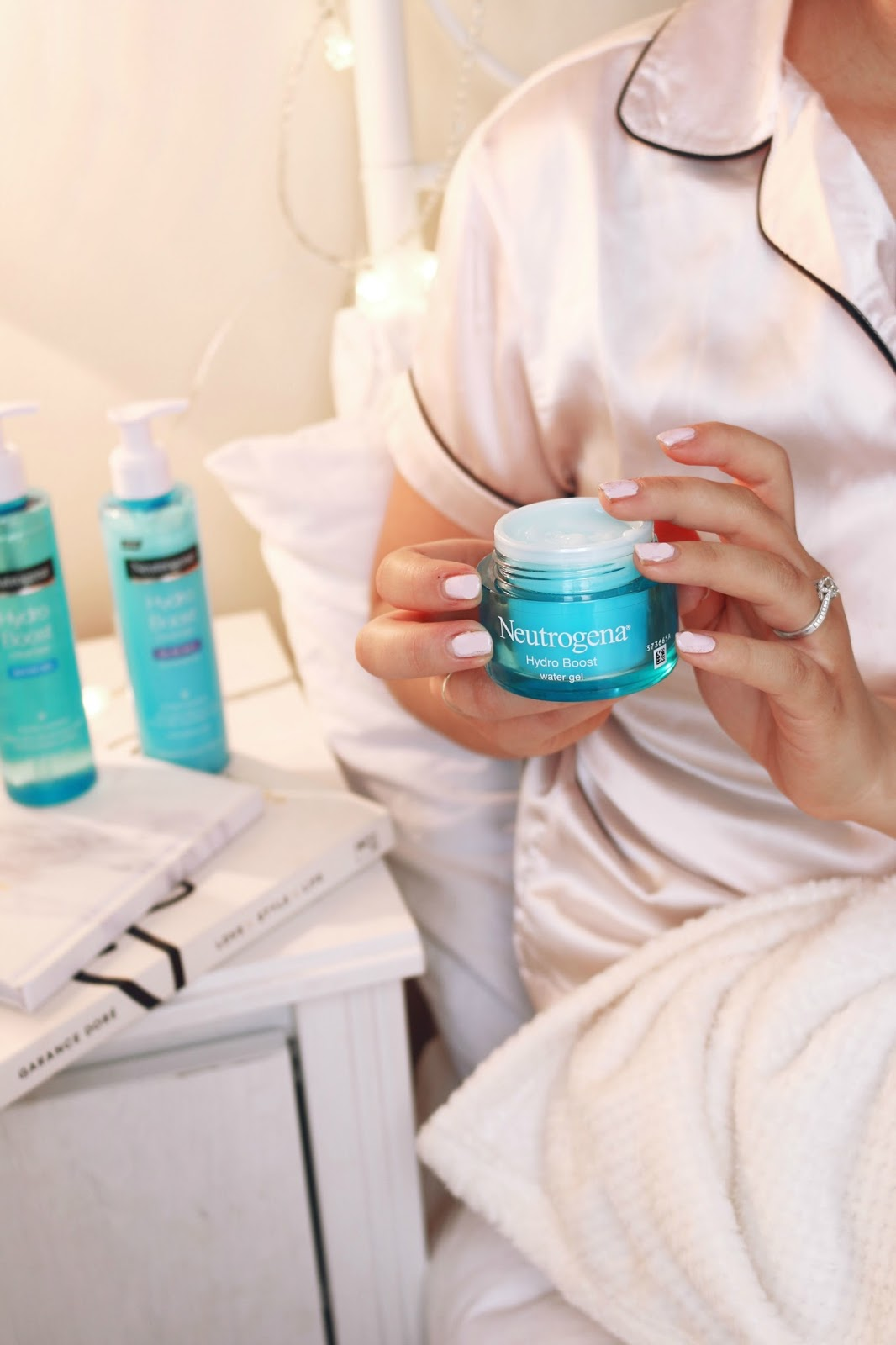 Beauty, Skincare, Drugstore, Neutrogena, Neutrogena Hydro Boost Range, Neutrogena Hydro Boost Range Review, dehydrated skin, how to banish dry skin left behind from winter