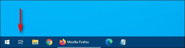 """في نظام التشغيل Windows 10 ، انقر فوق الزر """"عرض المهام"""" على شريط المهام."""
