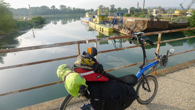 De Paris à Narbonne en vélo, Bords du Rhône