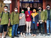 Bantu Perangi Covid-19 Mahasiswa Farmasi UMM Lakukan Edukasi, Membagikan Masker dan Handsanitizer ke Pedagang Pasar