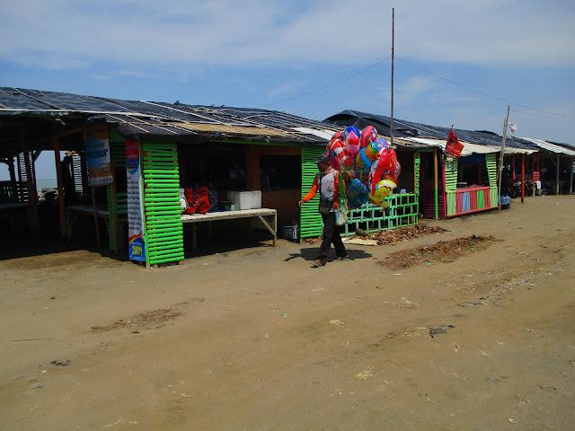https://www.sukaratu.com/2020/12/pantai-ujunggebang-indramayu-jawa-barat.html