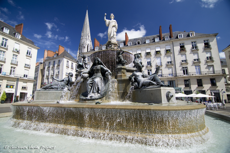Fuente Monumental, Place Royal - Nantes, por El Guisante Verde Project