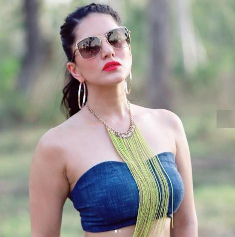 Samanta Saree PhotoShoot Photos | Naked XxX Pictures