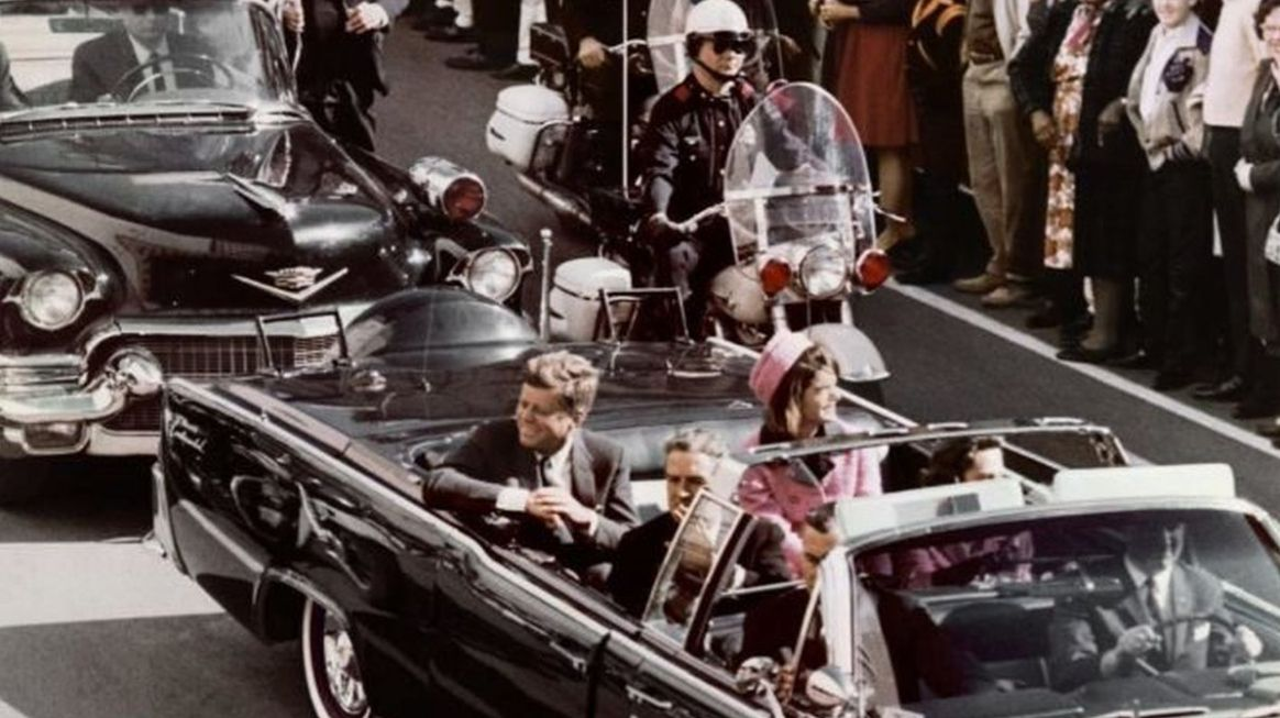 La verità sull'assassinio del presidente JF Kennedy? Trump pubblica documenti Top Secret