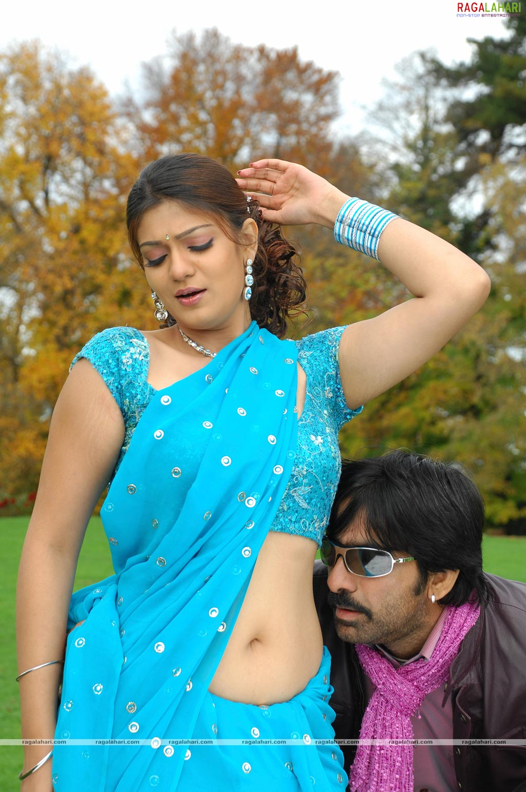 Telugu Actress Siya Latest Hot Deep Navel Show Photos In