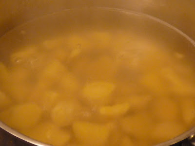 boiling organic root ginger
