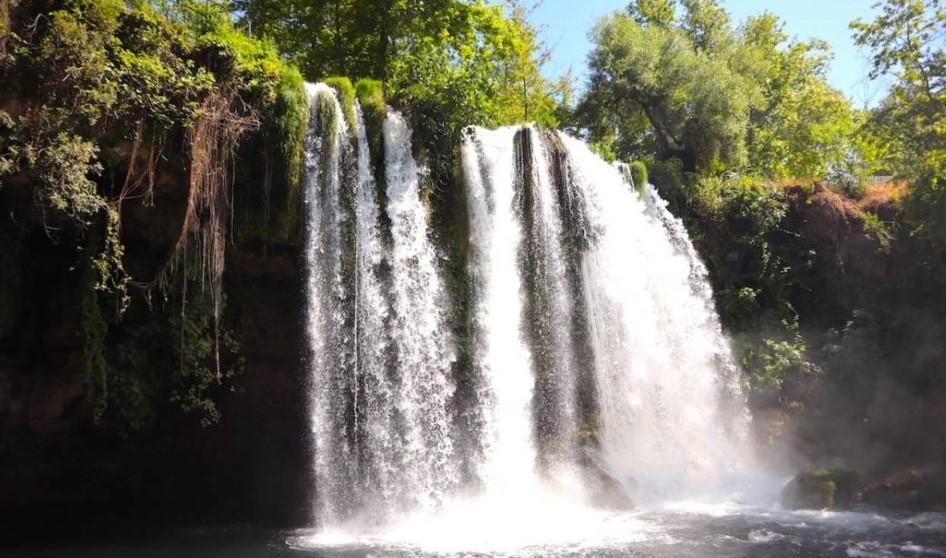 antalya'da gezilecek yerler düden şelalesi