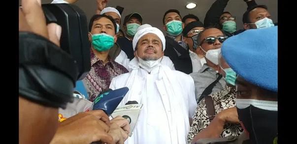 Dengar Munarman Ditangkap, Ini Reaksi Habib Rizieq