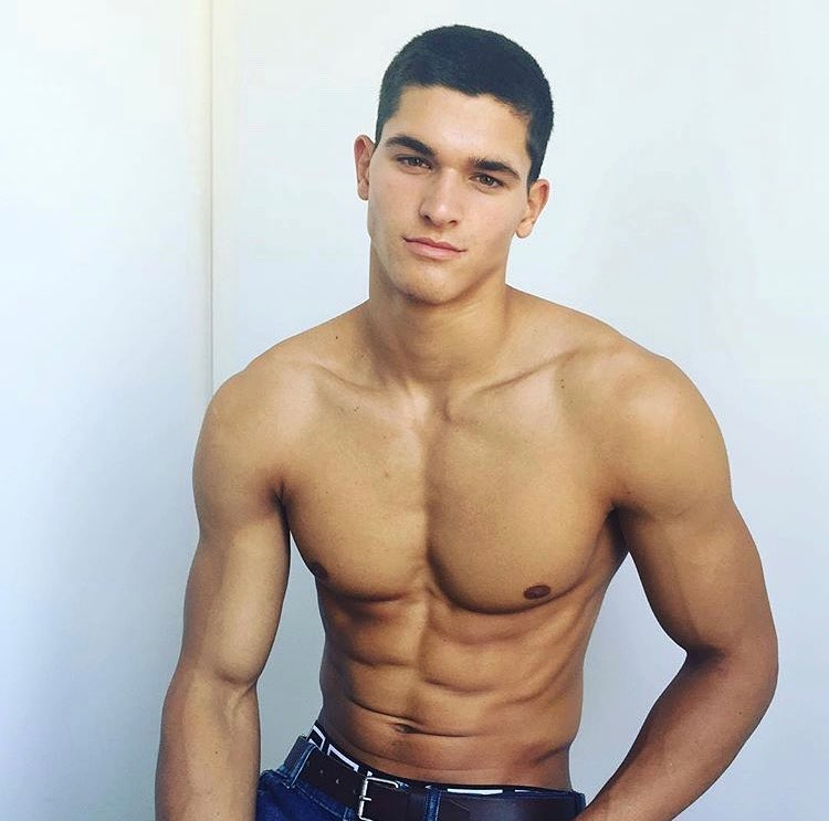 cute-fit-shirtless-young-male-models