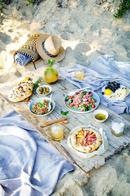 Beach Picnic Ideas by The Little Treasures
