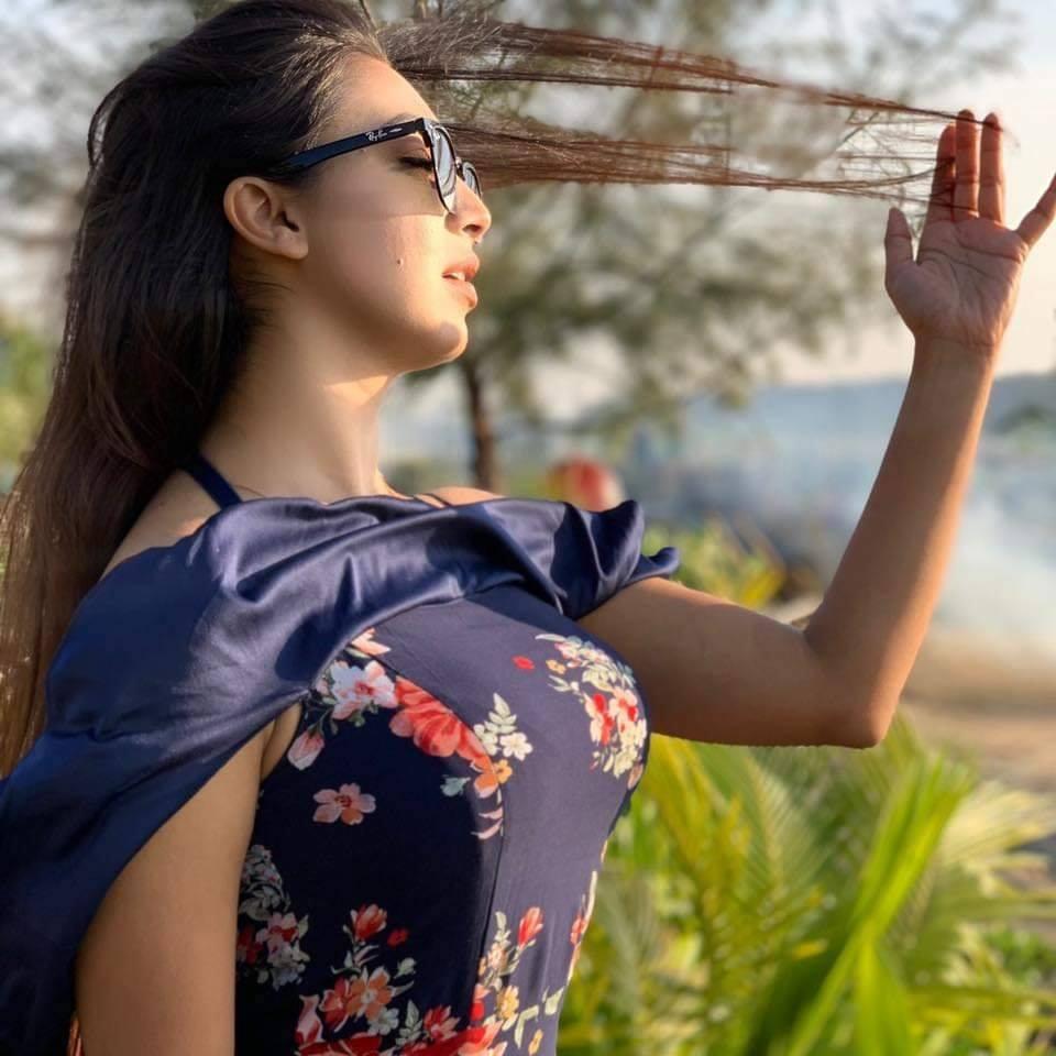 মডেল এবং অভিনেত্রী সাদিয়া জাহান প্রভার কিছু ছবি 28