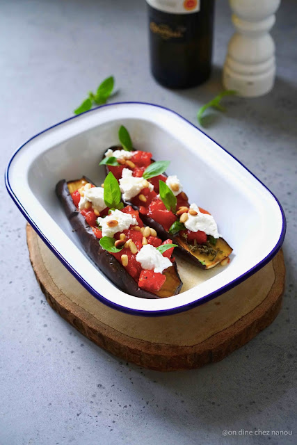 aubergines grillées , tomates , basilic , ricotta , cuisine d'été , recete facile