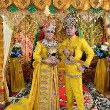 Nama-Pakaian-Adat-Tradisional-Gorontalo-keterangan-dan-penjelasan