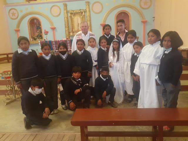 Magali aus der Grundschule wird getauft