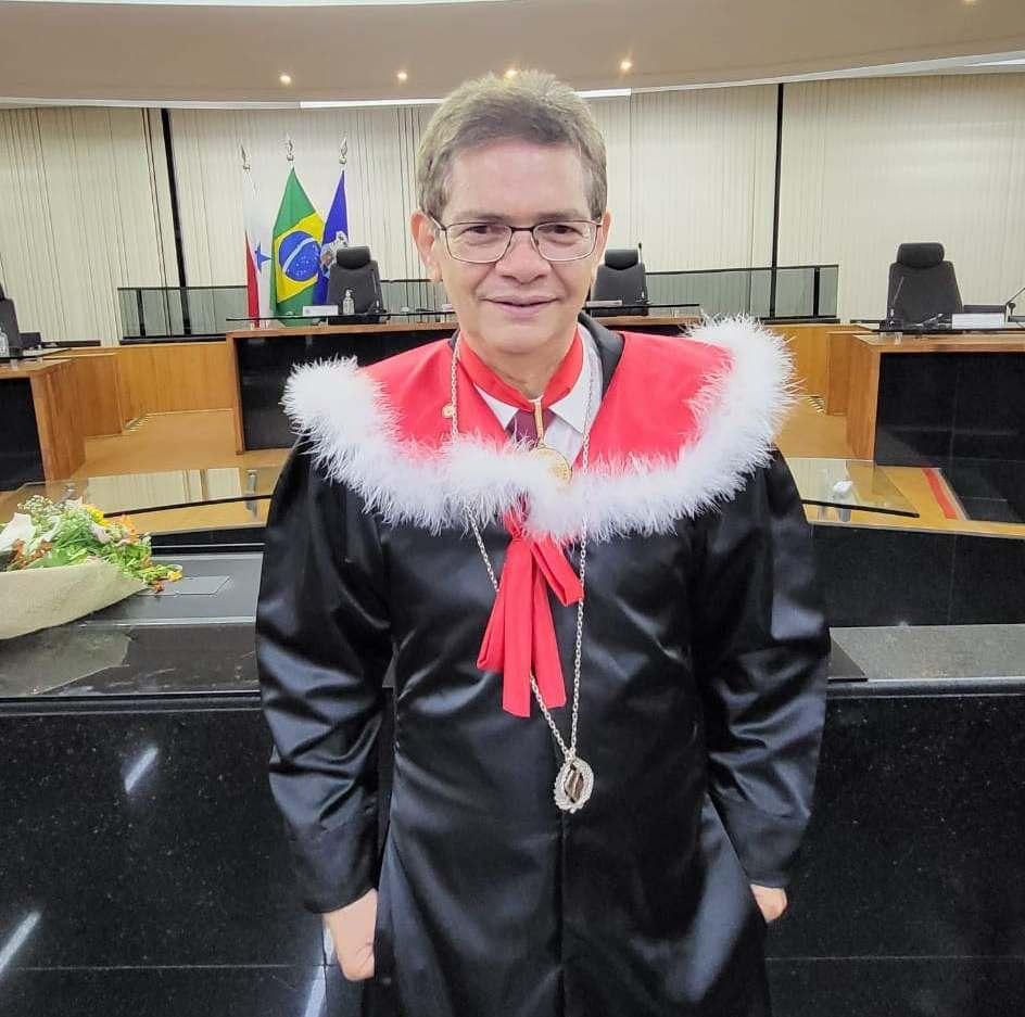 Escritor nascido em Monte Alegre assume cadeira 9 da Academia Paraense de Jornalismo